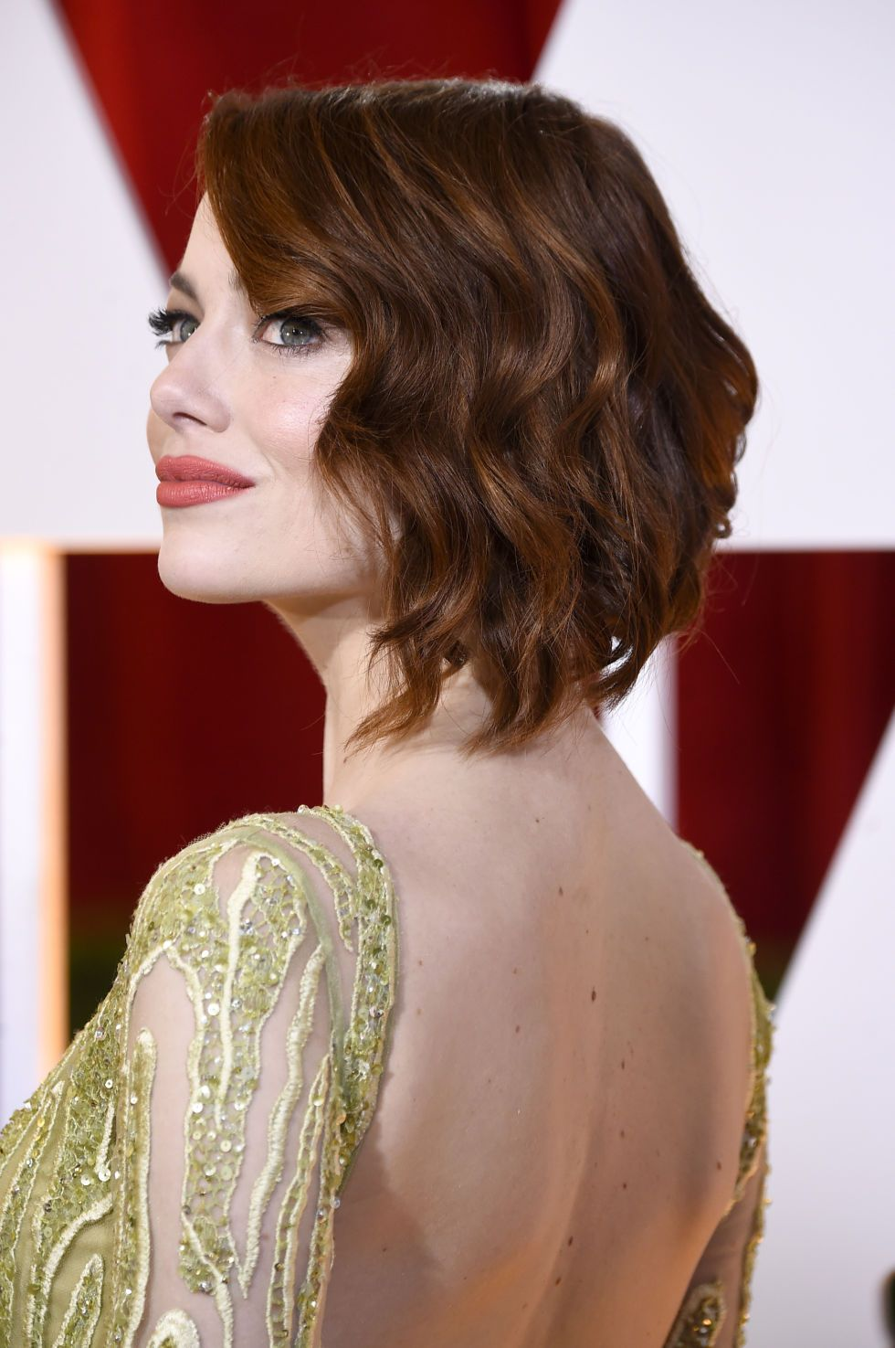 The best beauty looks at the oscars deep red hair bold lips and