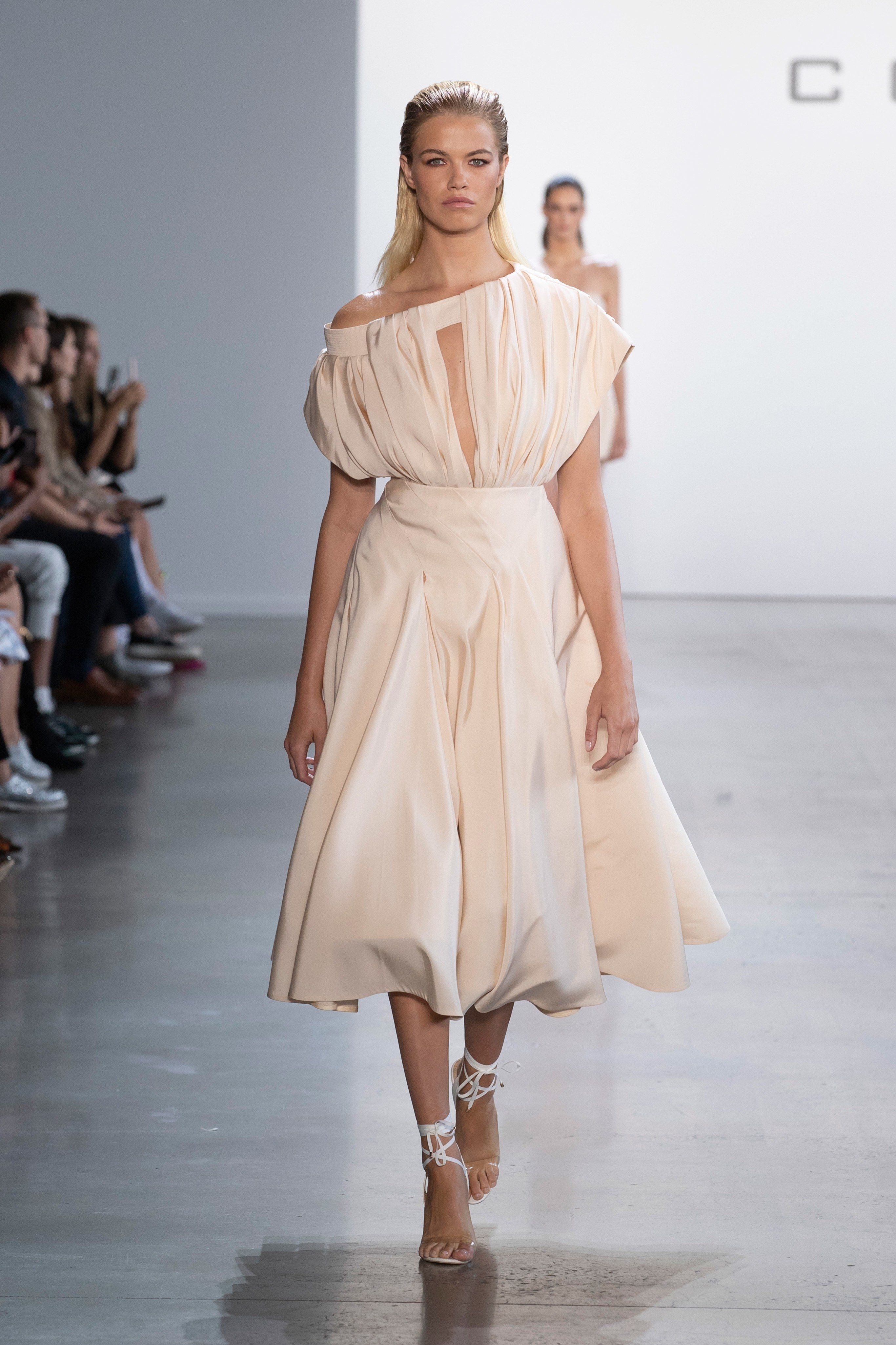 Cong Tri Spring 2020 Ready-to-Wear Fashion Show - Sponsored - Vogue