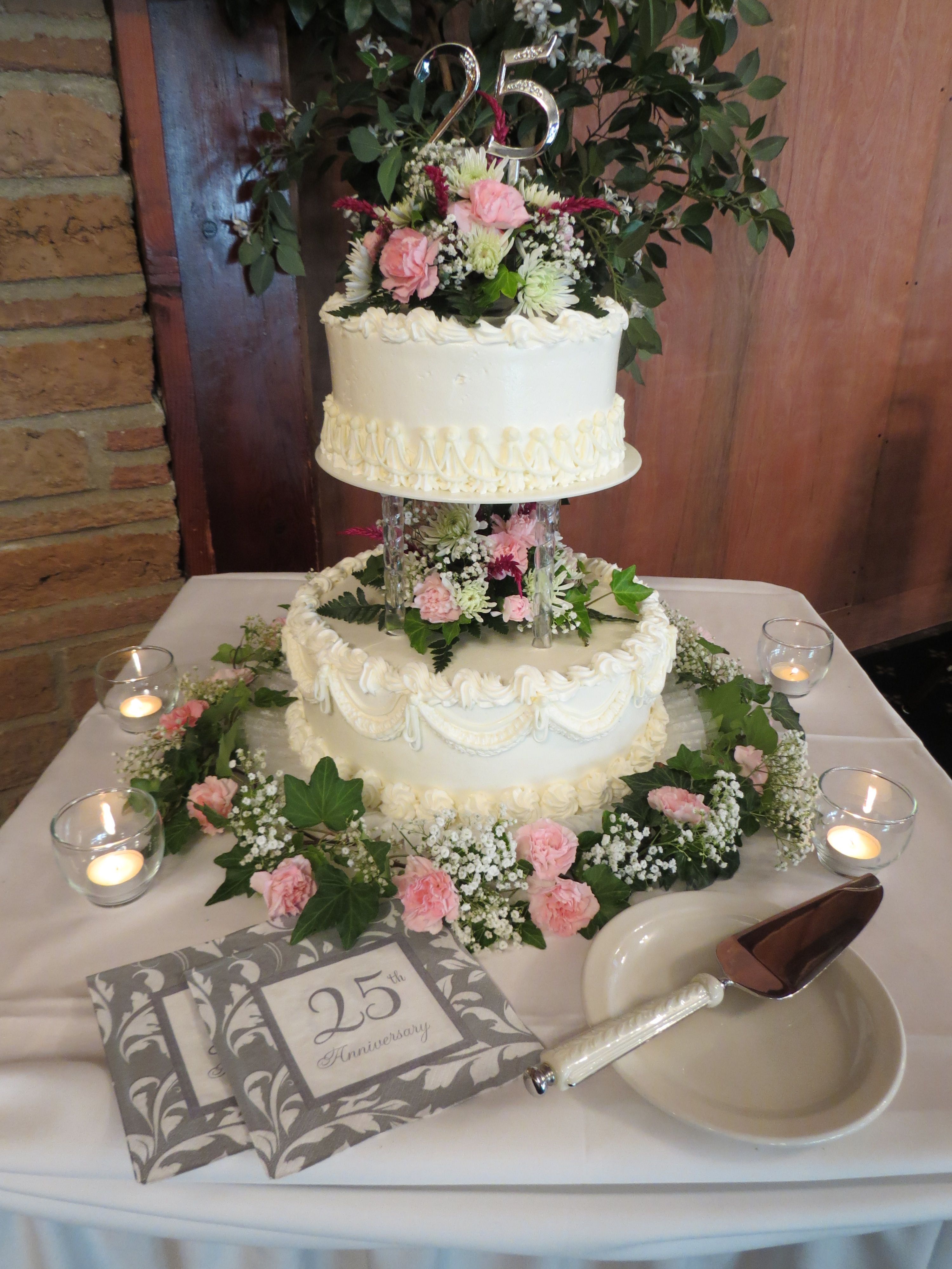 25th Wedding Anniversary Cake decorated in house by Joanne
