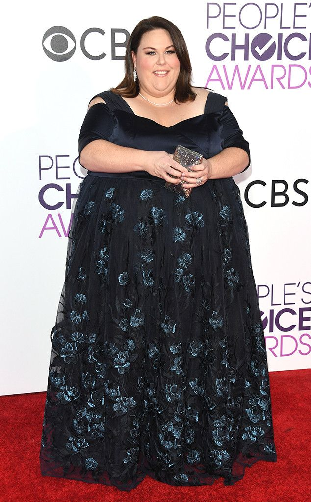 2588f1febaa Chrissy Metz from People s Choice Awards 2017 Red Carpet Arrivals Ready for  the carpet! The This Is Us star shows off her custom ELOQUII gown