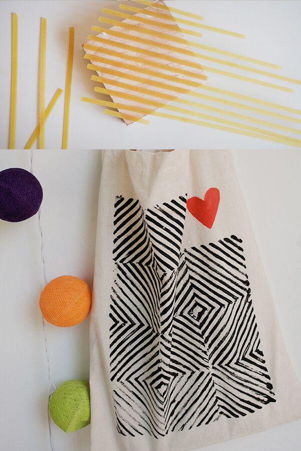 Ideas de estampados DIY para telas con objetos del día a día  – Bolsa