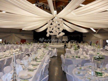 decoration plafond mariage champetre. Black Bedroom Furniture Sets. Home Design Ideas