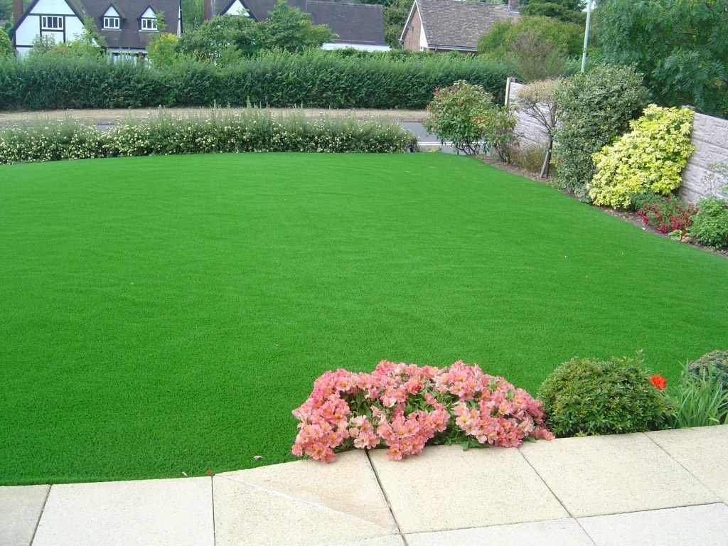 Lush green lawn lawns beautiful lawns pinterest lawn and gardens for A b lawn and garden