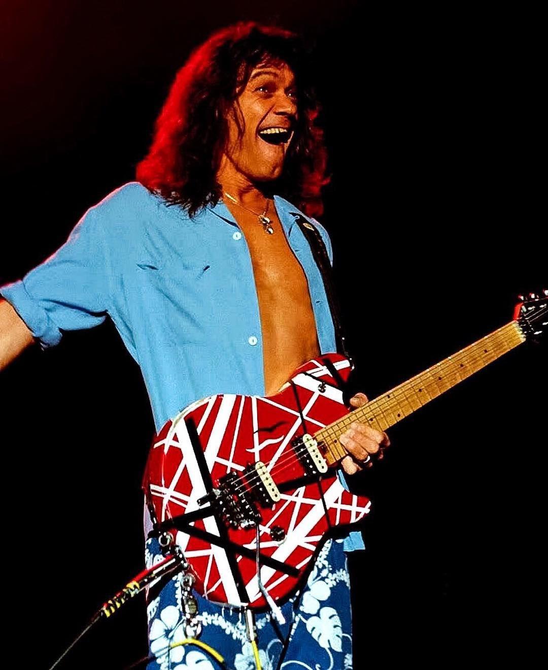 Eddie Van Halen S Channel On Instagram 5 1 5 0 Evh Vanhalen Edwardvanhalen Eddievanhalen Guitarlegend Guitargod G Van Halen Eddie Van Halen Solo
