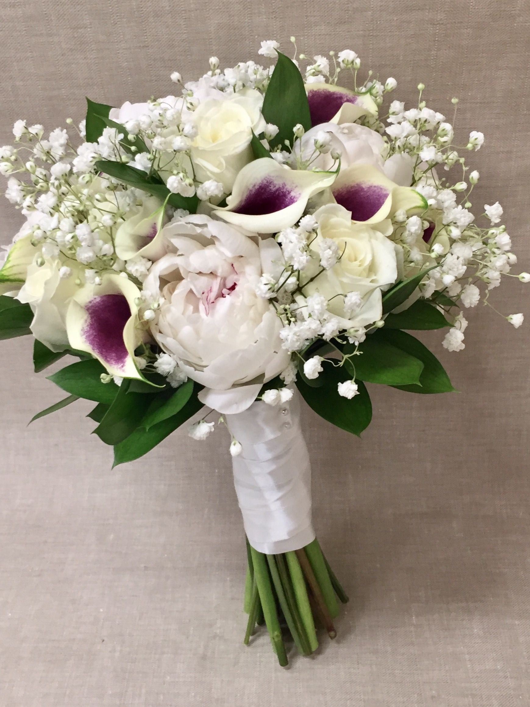 Picasso Mini Calla Lily White Peony With Baby S Breath Clutch
