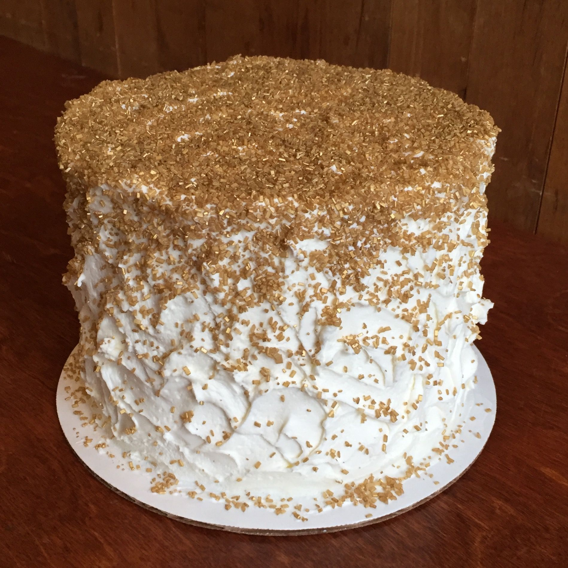 messy, homemade cake design topped with gold sugar sprinkles | Cakes ...