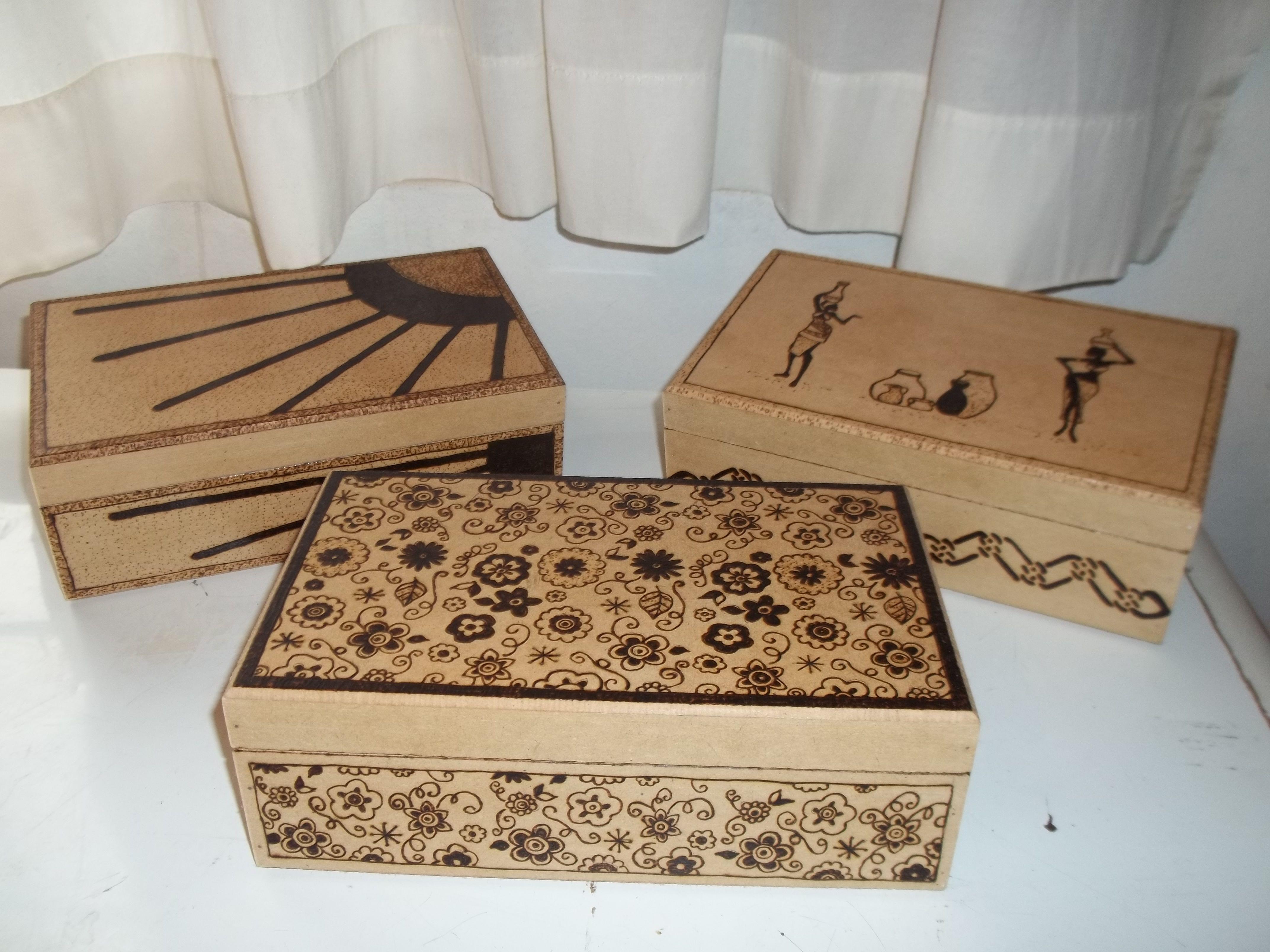Cajas Madera Pirograbadas Buscar Con Google Muestras  ~ Cajas De Carton Decorativas Grandes