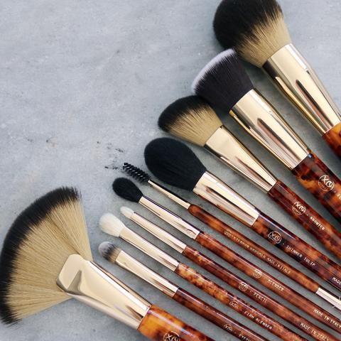 get the best beauty deals  trends here   makeup brush