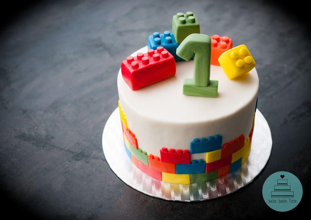 Motivtorte Zum 1 Geburtstag First Birthday Baby Cake Fondant Cake Duplo Torte 6 Geburtstagskuchen Kuchen Flugzeug Geburtstag Lego Geburtstagskuchen