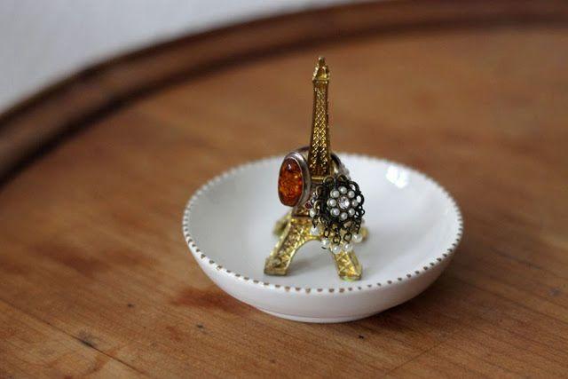 DIY minute : Tour Eiffel à bijoux: Simplette