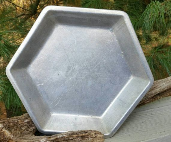 Check Out This Item In My Etsy Shop Https Www Etsy Com Listing 249181351 Hexagon Aluminum Pie Pan 9 Inch X 1 14 Aluminum Pie Pans Pie Pan Hexagon
