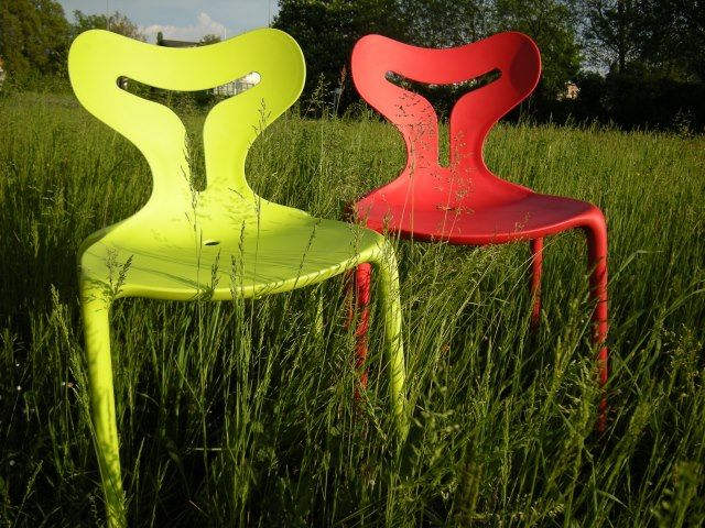 Calligaris Area 51; very eccentric, alien inspired chairs.