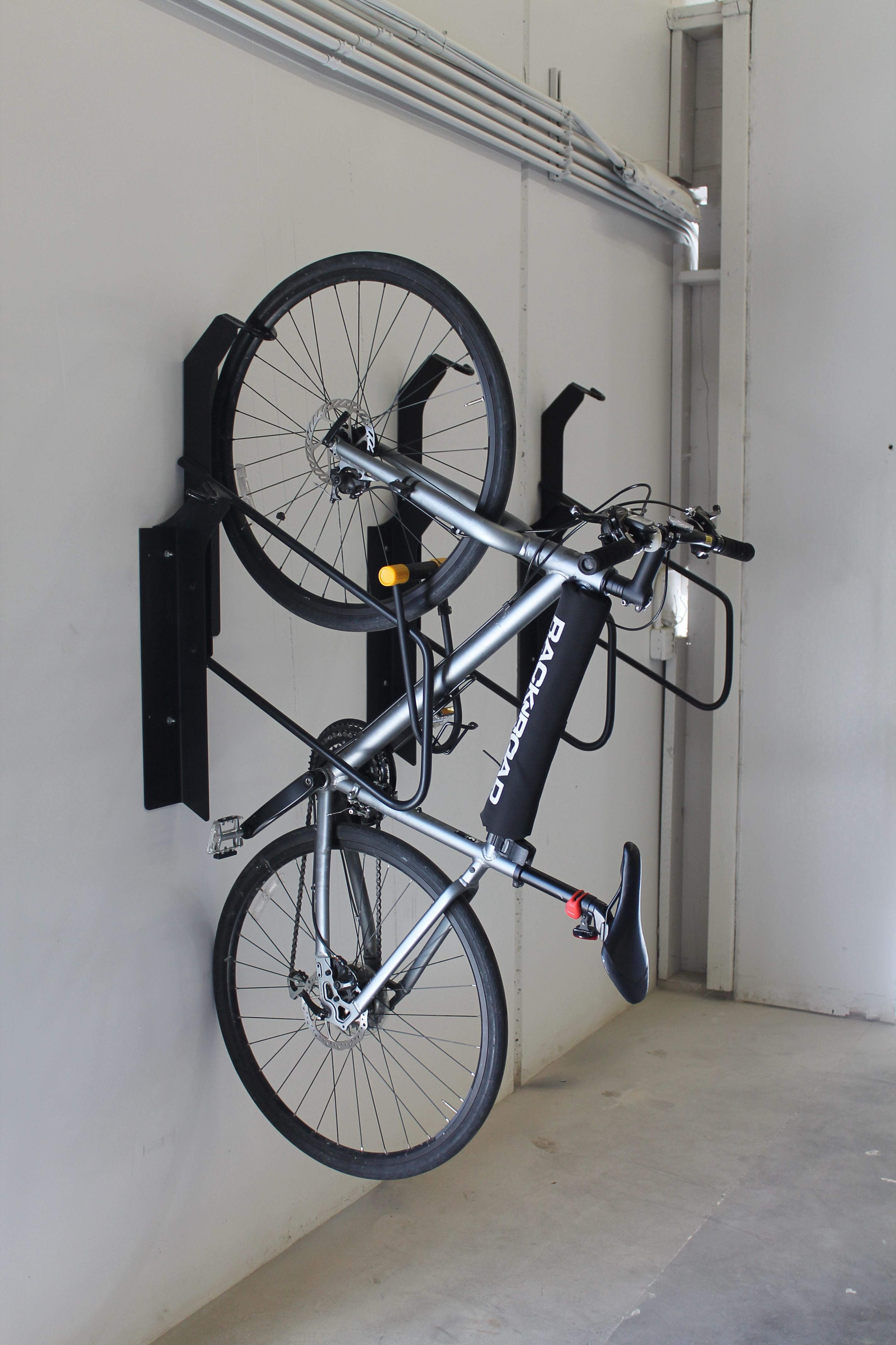 Vertical Bicycle Parking Has Never Looked Better The Vr2 Offset