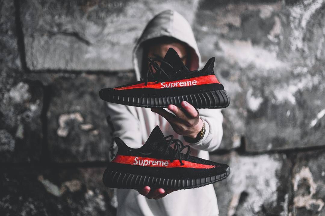 fcc0287bcf77 This Supreme x Yeezy Boost 350 V2 Just Blew Our Minds