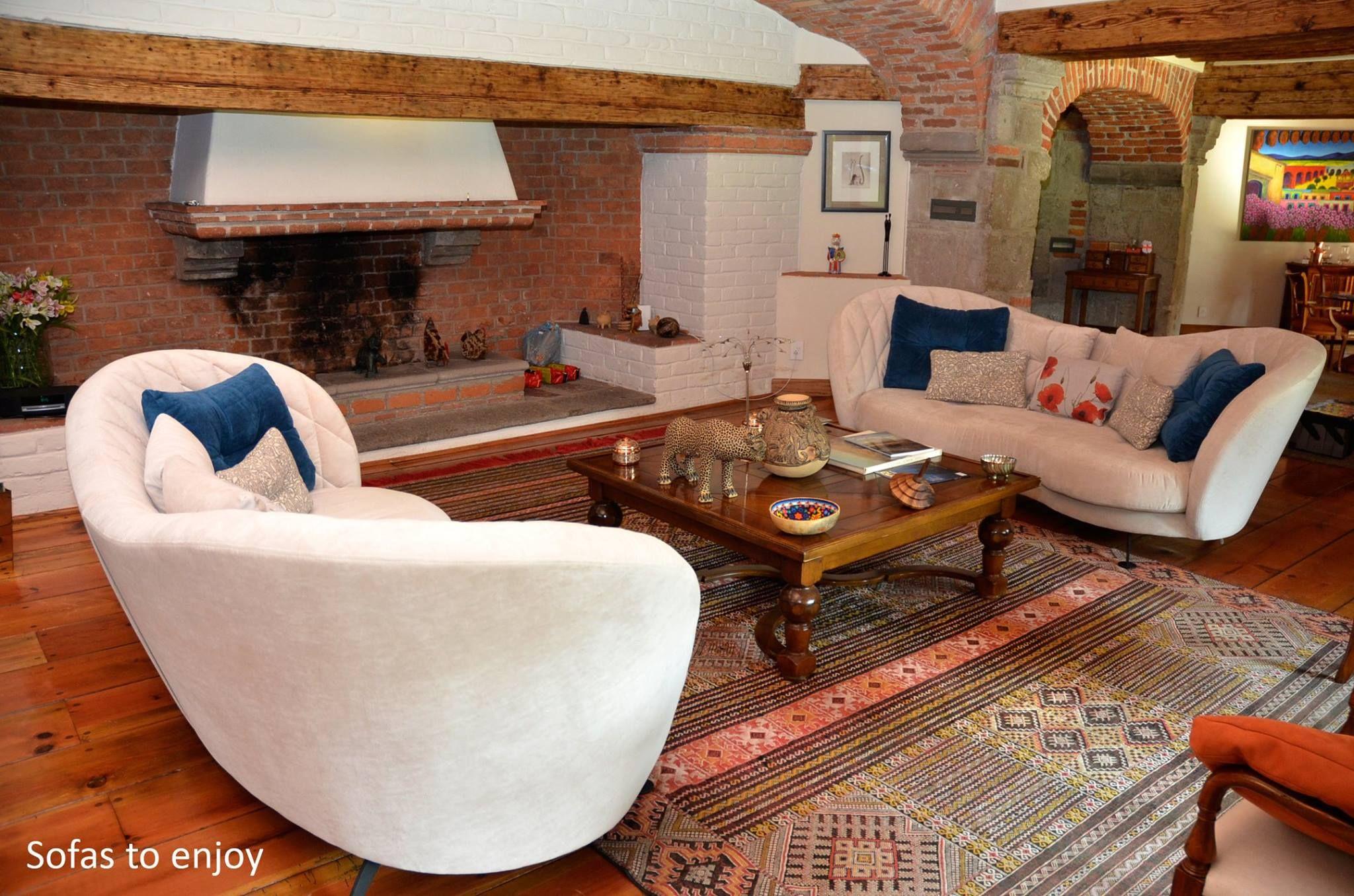 Desde Famaliving México City nos llega esta composición de 2 sofás ...