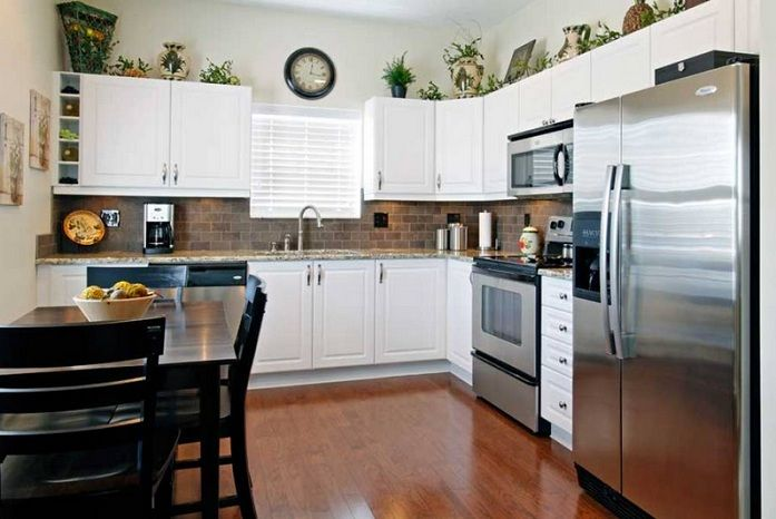 Greenery Above Kitchen Cabinets Ideas In L Shaped Kitchen Cabinets - Greenery above kitchen cabinets