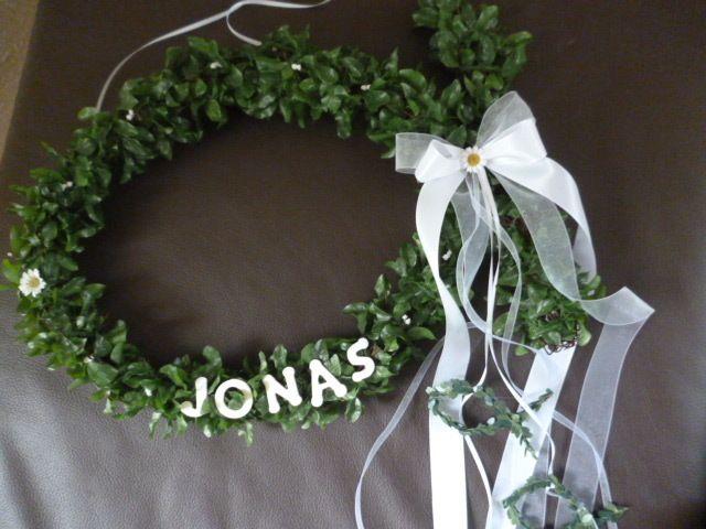 Photo of Door wreath communion