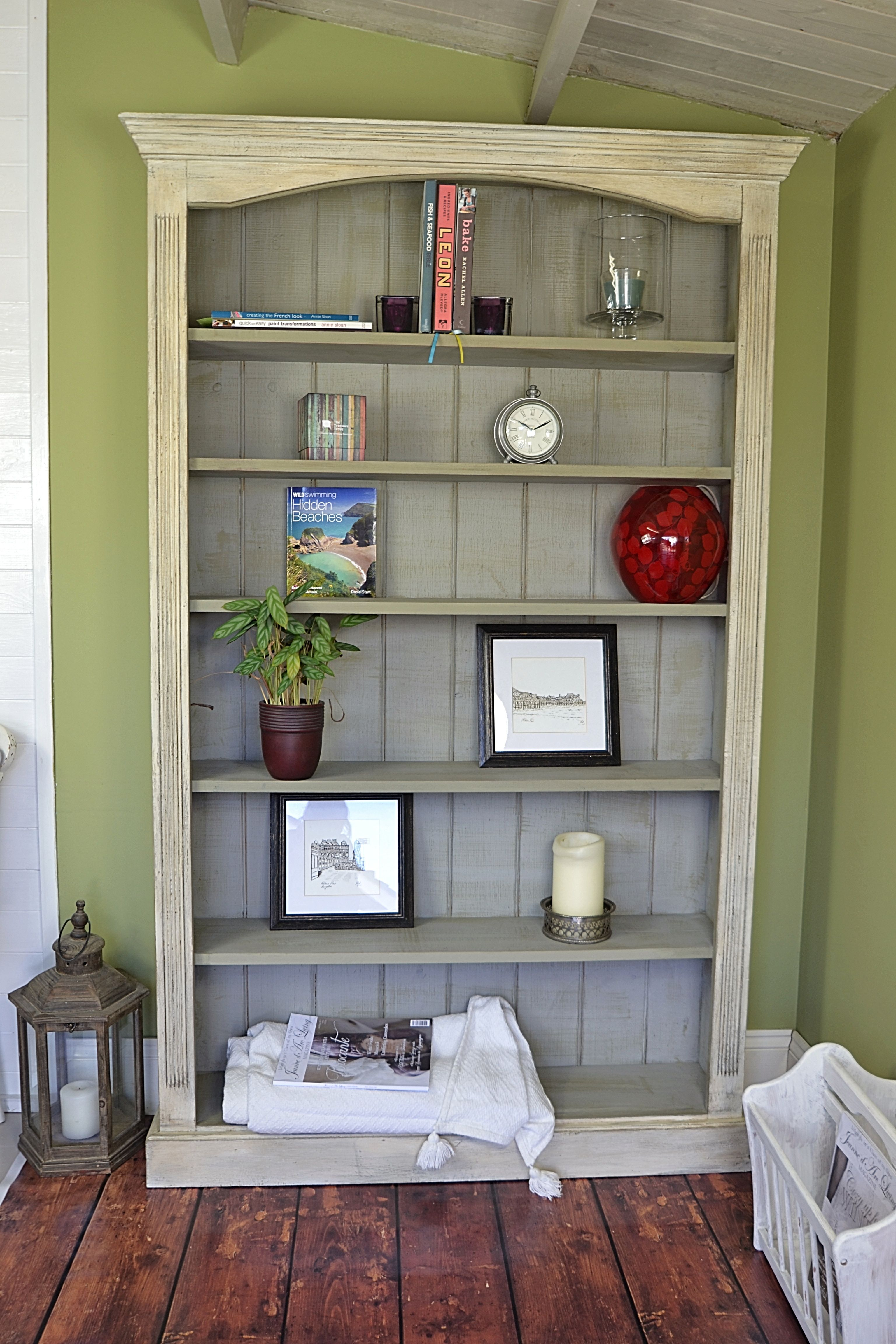 We U0026 39 Ve Given This Bookcase A Really Rustic Look  Painting The Inside In Paris Grey With An Brush