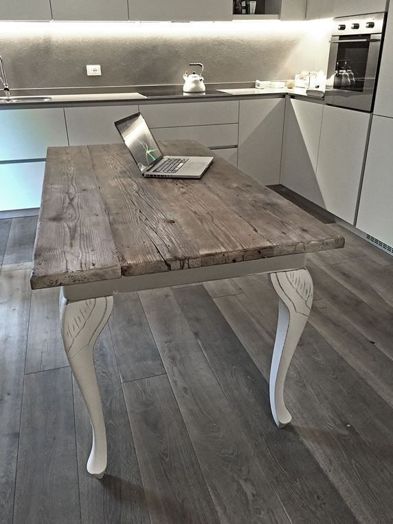 Tavolo rifatto da laboratorio sostituendo il piano for Piano per tavolo legno grezzo