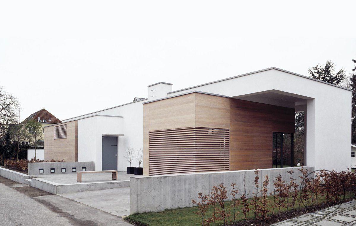 Villa rstiderne arkitekter arkitekt ombygning moderne for Facade moderne villa