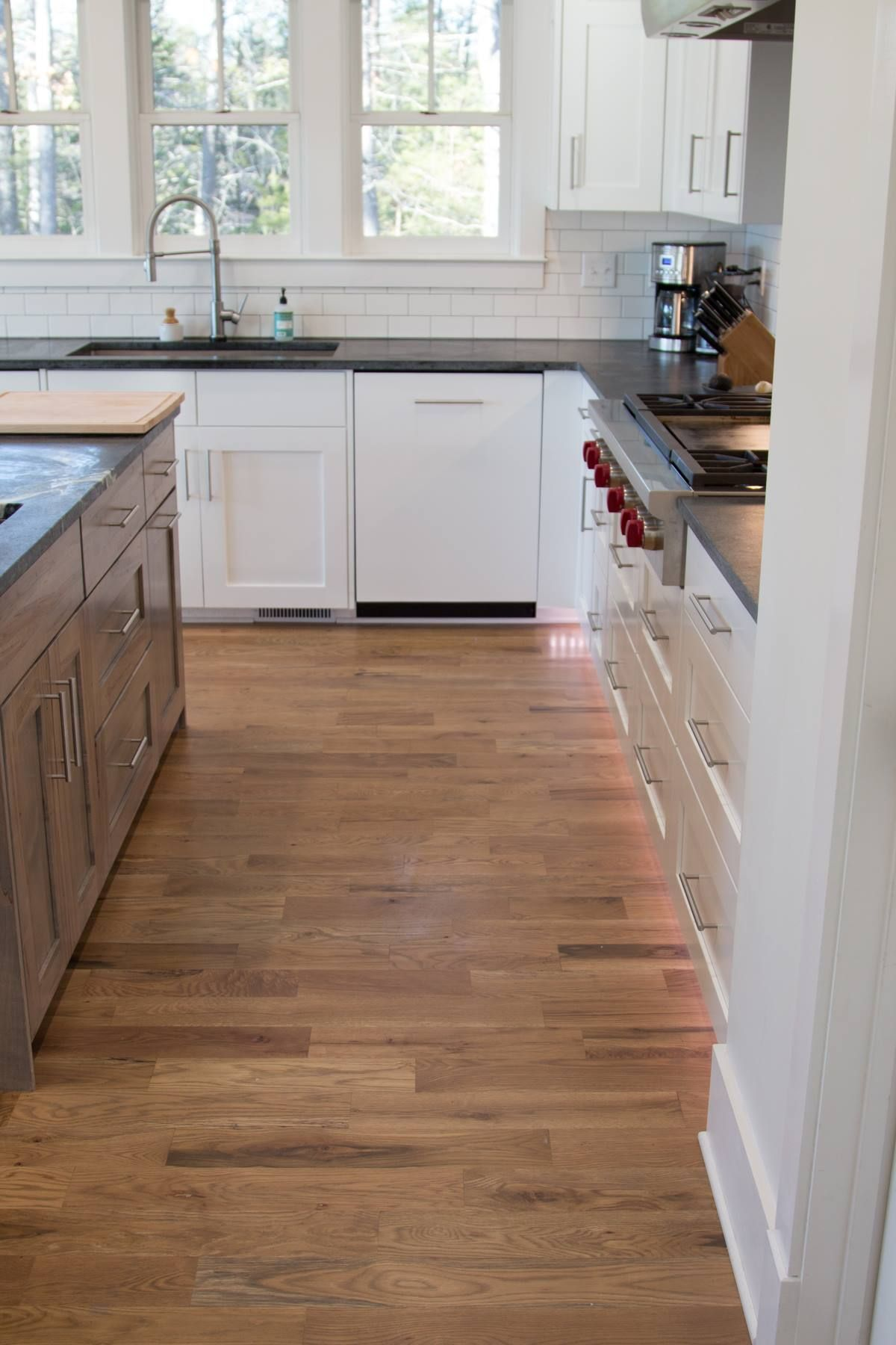 This Is A 4 1 4 Width 2 Common White Oak Unfinished Hardwood Floor That Was Finished With D Unfinished Hardwood Flooring Solid Wood Flooring White Oak Floors