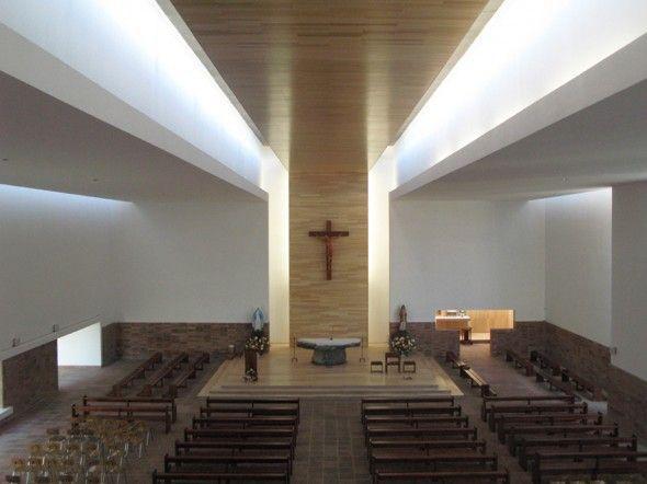 Parroquia san gabriel estudio valdes arquitectos for Arquitectos de la arquitectura moderna