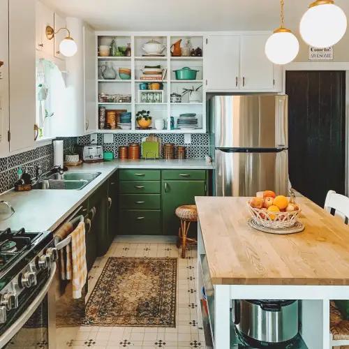 Maximal Kitchen Photos Inspiration Apartment Therapy In 2020 Kitchen Photos Kitchen Inspiration