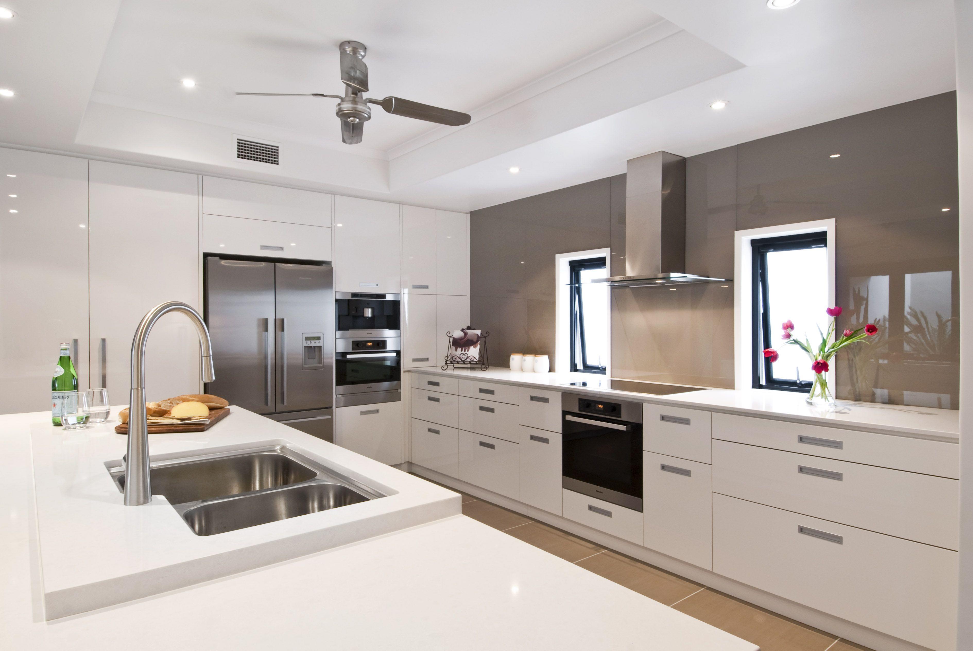 Exemple de faux plafond cuisine pinterest faux for Modele plafond maison
