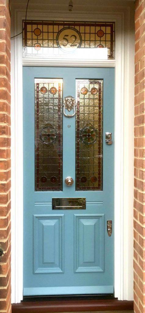 I really love this elegant blue front doors #bluefrontdoors #victorianfrontdoors