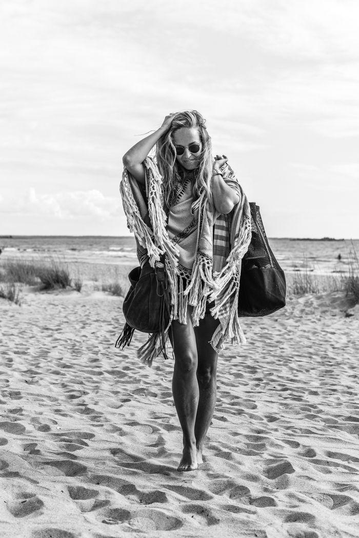 Beach style | Stella Harasek. Photo by Jarno Jussila.