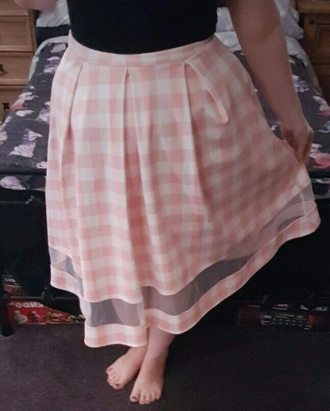 1299f512d8 Matalan Rockailaby Pink And White 50s Style Pin Up Flare Skirt Checked High.