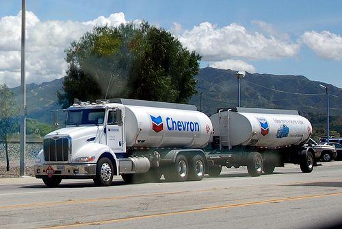 Chevron Peterbilt Double Fuel Tanker Truck Tanker Trucking