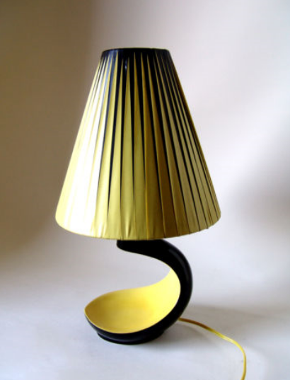 Kittysvintagekitsch These Are A Few Of My Favourite Things Lamp Cool Lamps Vintage Lamps