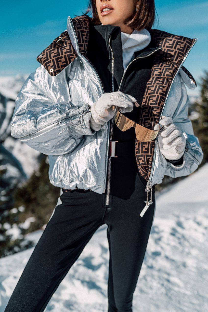 St Regis Aspen Vivaluxury Winter Fashion Outfits Fashion Ski Outfit For Women [ 1272 x 848 Pixel ]