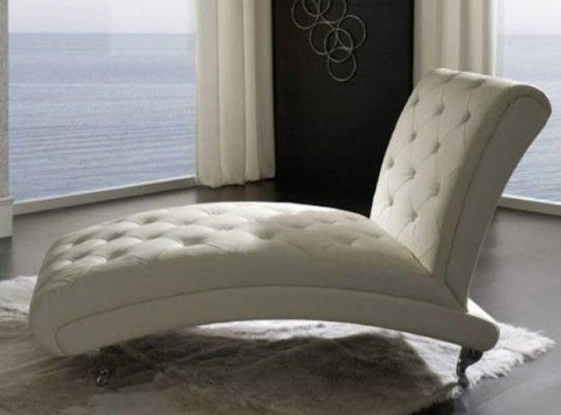 Idee indispensabili per una stanza da letto - Poltrona camera ...