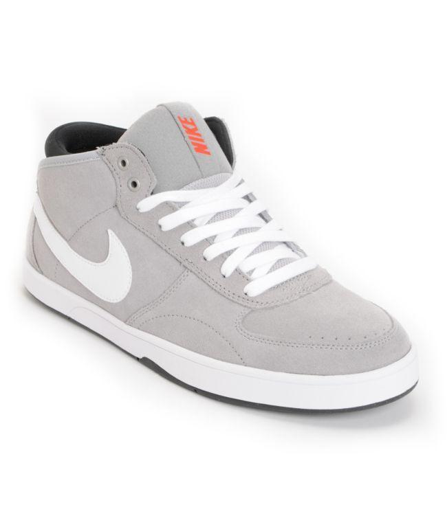 Nike 6.0 Mavrk Mid 3 Metallic Silver Shoe