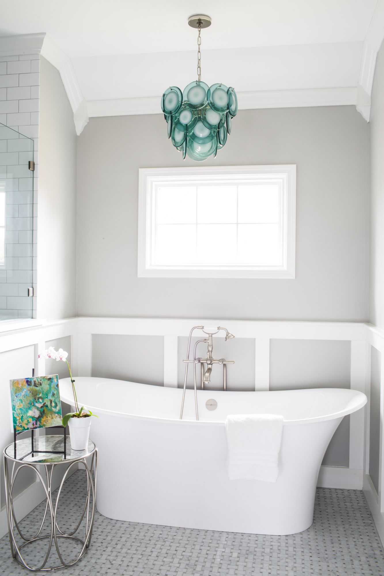 Freestanding Tub with Blue Chandelier | Grey bathrooms ...