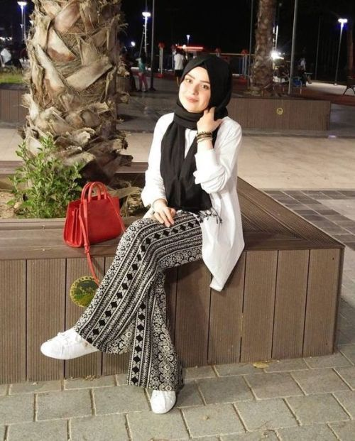 How to wear palazzo pants with hijab – Just Trendy Girls Modern Hijab  Fashion 79992e5b73