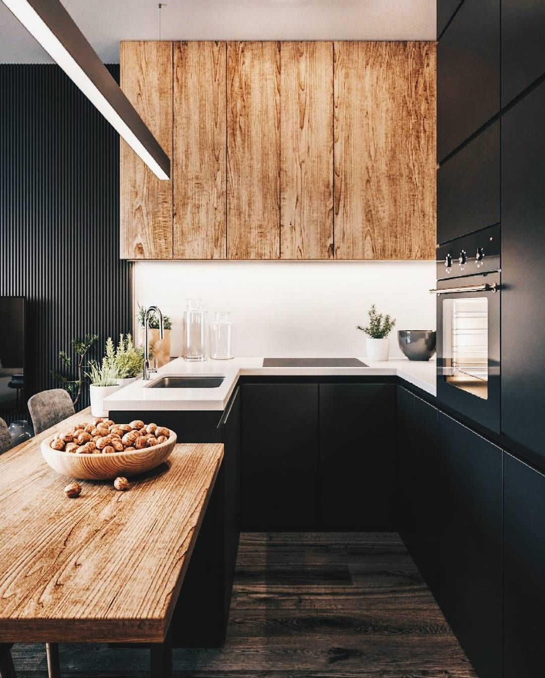 Black and wood is the perfect combination of kitchen