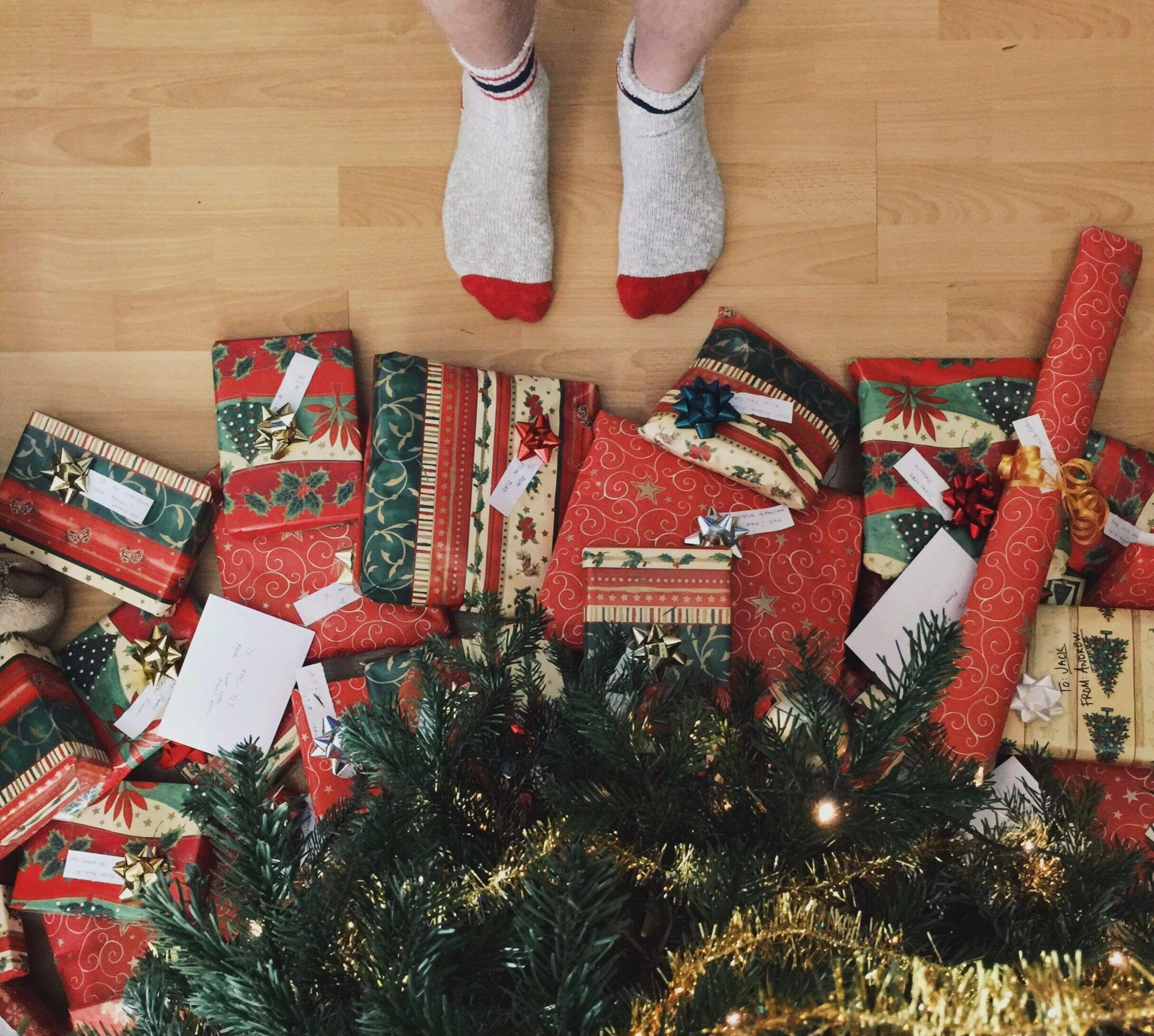 3 Best Websites For Custom Gift Wrapping Paper http://www ...