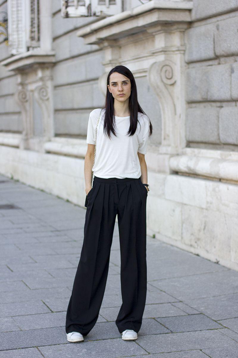 5dc4f1e39f57 White tee   black Palazzo pants   Clothes   Pants, Outfits, Palazzo ...
