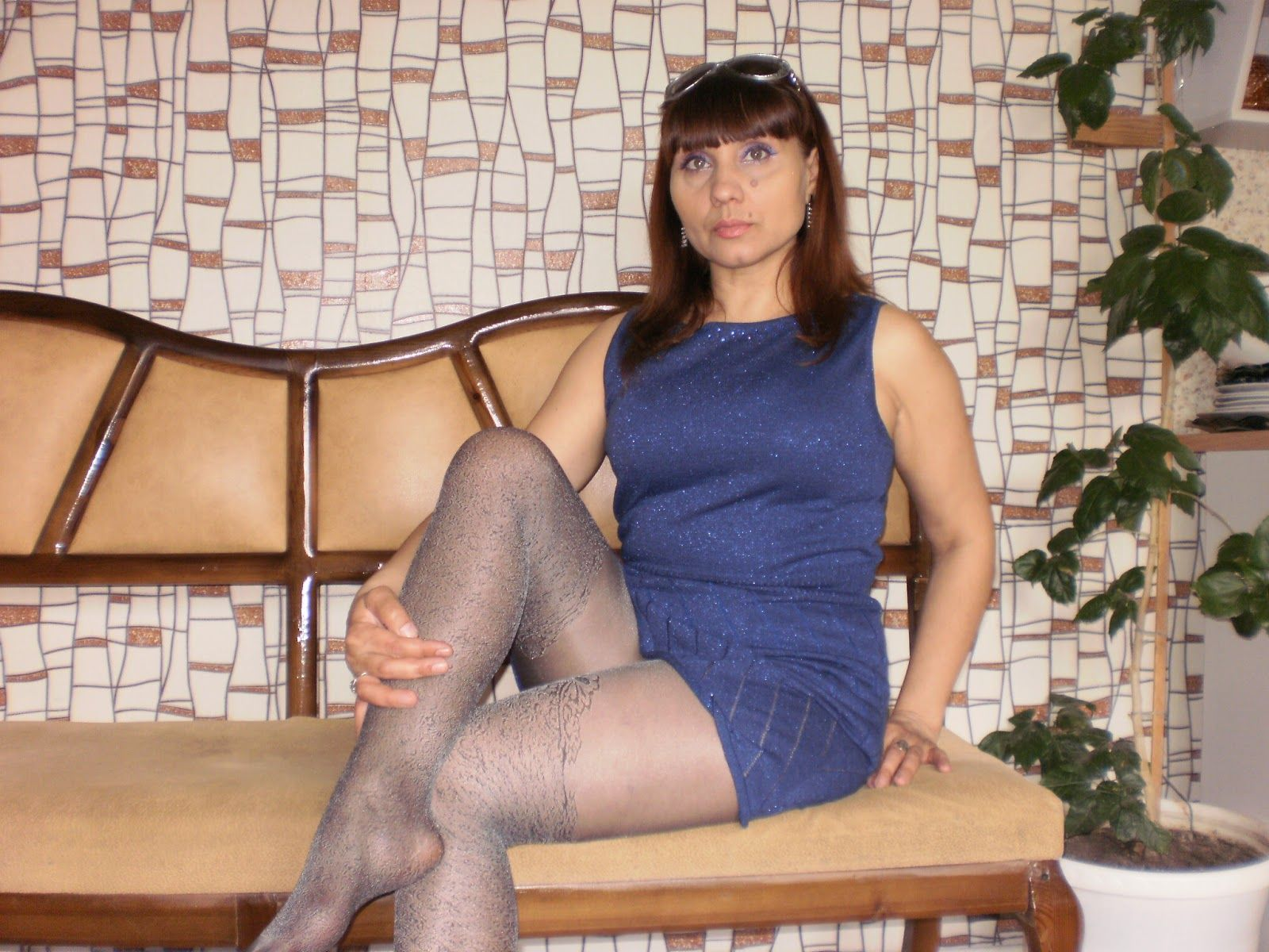 pantyhose milf in blue dress | hot mature ladies, milfs and gilfs
