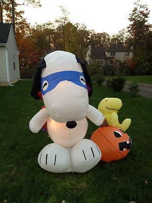 Snoopy And Woodstock Christmas Inflatable.Details About Gemmy Snoopy On Dog House With Gift And