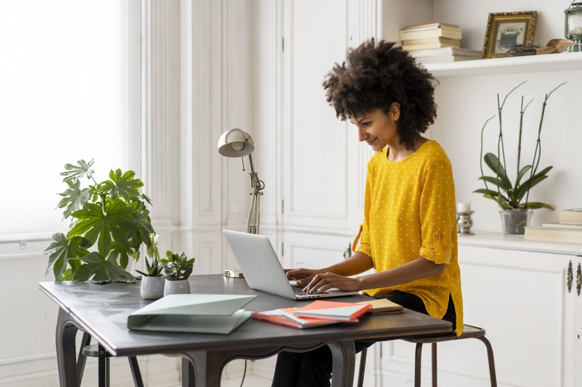 10 Tips From Ceos On Working From Home Effectively And Happily Work From Home Tips Home Part Time Jobs