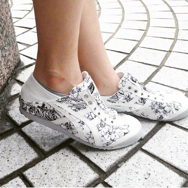 New arrival onitsuka tiger paraty