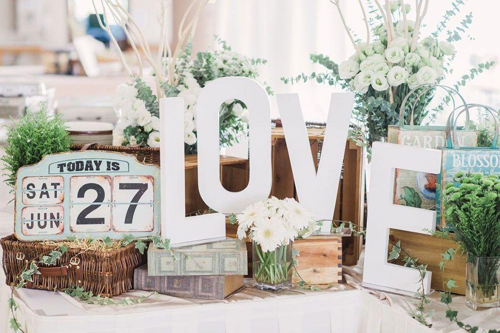 Wedding Album Table Decoration Singapore Planning