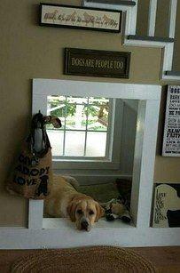 ... Deshalb Sollte Dein Hund Vielleicht Einen Eigenen Kleinen Zufluchtsort  Unter Der Treppe Bekommen. | 39 Wahnsinnig Coole Umbau Ideen Für Dein  Zuhause