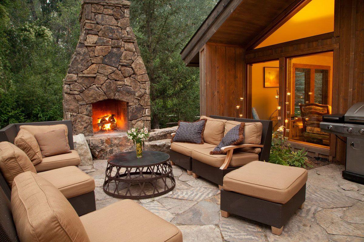 Outdoor Fireplace Area Ideas
