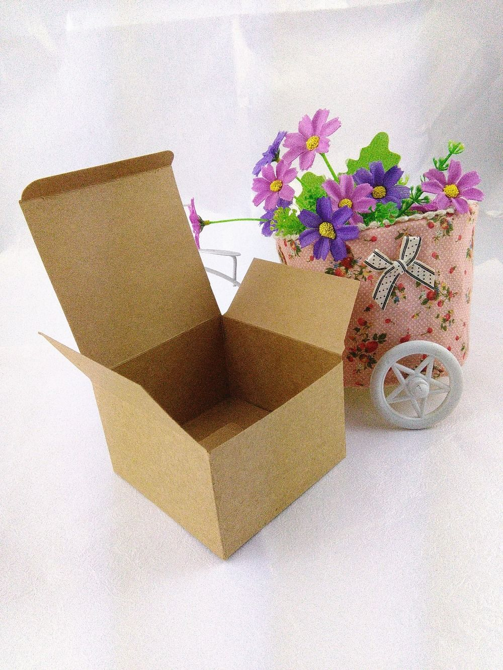 Find More Packaging Boxes Information about Wholesale 9x9x6cm Kraft
