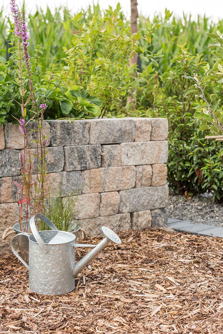 sch ne g rten gestalten mit siola mini trockenmauersteine in muschelkalk mauern pinterest. Black Bedroom Furniture Sets. Home Design Ideas